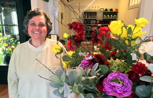 Water lily Flowers and Gifts is Wiscasset's only florist. She also sells plant related décor.